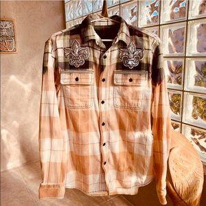 ✨ Dyed Plaid Flannel Shirt w Sequin Fleur de Lis✨L